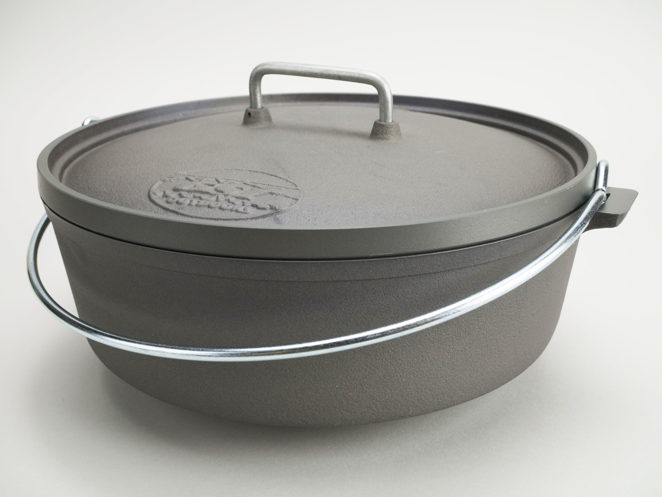 10'' DUTCH OVEN MADE IN THE USA € 98,9